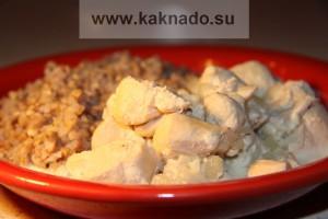 бессолевая диета, рецепт курицы в сметанном соусе с чесноком и луком
