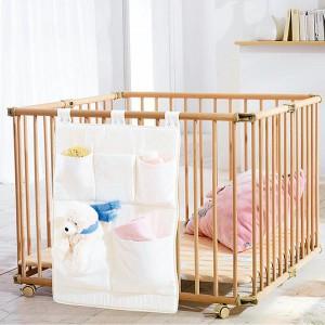 квадратная деревянная кровать-манеж