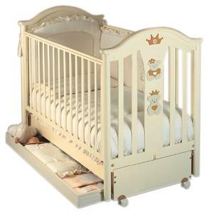 детская кроватка с ящиком внизу