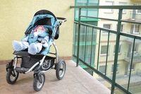 можно ли ребенка ставить спать на балкон