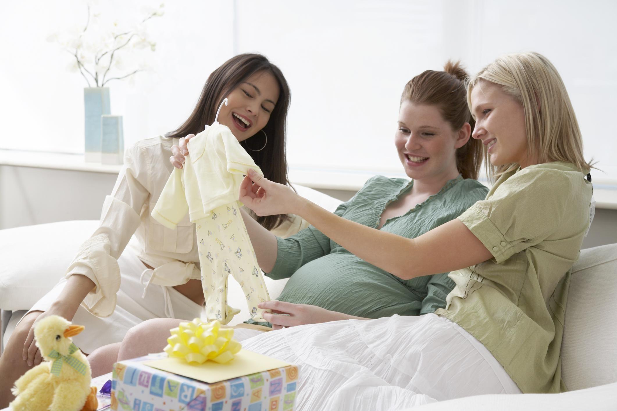 Что подарить беременной женщине, подруге, жене, Как Надо