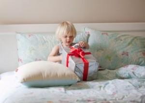 как спрятать ребенку подарок на день рождения