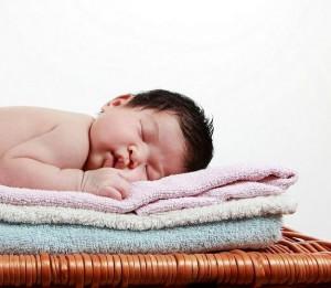 во сколько нужно укладывать ребенка спать