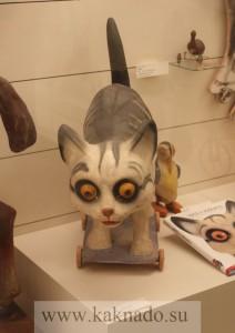 Символ Музея фигурка Кошки