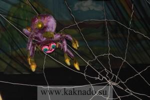 злодей-паук