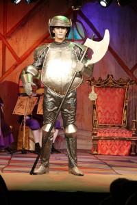 новогодние приключения козленка в театре чихачева, елка отзывы, рыцарь