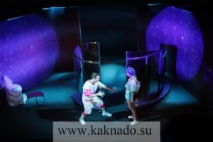 спектакль училка 22 века в театре стаса намина, сцена из спектакля фото