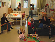 хельсинки детские площадки с домиками для родителей