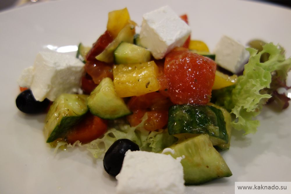 греческий салат ресторан аморе